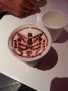 Gundam Café, stencils, aucun talent impliqué