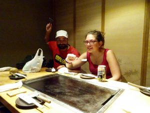 Okonomiyaki, spatula city!