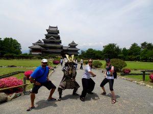 Ils nous a tout montré, sauf l'art de s'habiller en samourai...