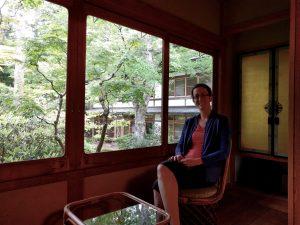 Renée et notre chambre au Ryokan